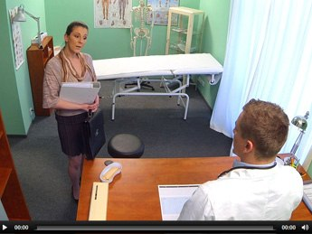 Fake Hospital E134 – Horny saleswoman strikes a deal with the dirty doctor by sucking and fucking his cock