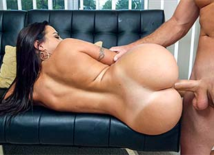 Ass Parade – Julianna Vega – Julianna Vega Get's Railed