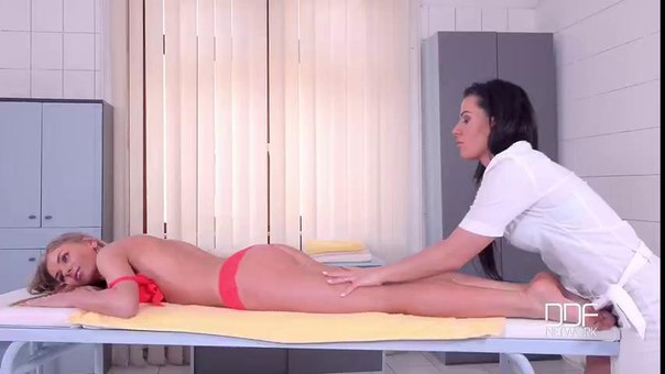 EuroGirlsOnGirls – Lolly Gartner, Athina – Aching to Lick