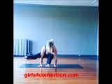 flexible blonde doing handstand and sexy yoga asanas - www.girls4contortion.com