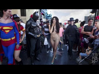 Naked Woman Walks Down Hollywood Blvd #PussyRiot www.TAKAKO.com