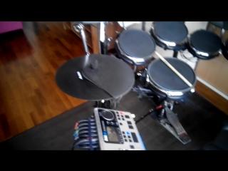 Продам электронные барабаны Alesis DM10 Studio Drum Kit