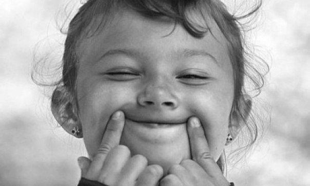 Известный лингвист раскрыл секрет почему русские не улыбаются