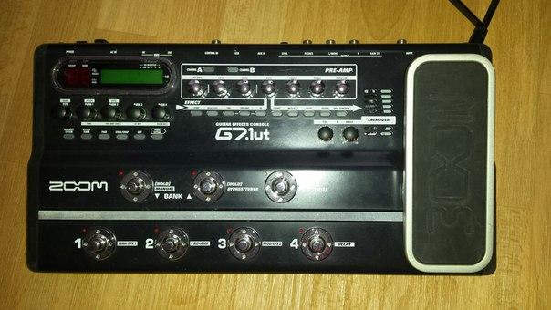 Продам гитарный процессор Zoom