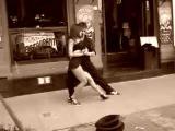 Уличное танго (очень красивое) !!!
