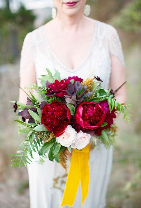 rI5gqiuc0yQ - Великолепие осени в свадебных букетах (42 фото)