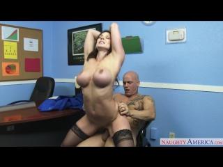Порно начальница в чулках