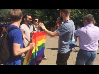 6 июня 2015. Киев. Kievs Gay Pride_ Police is pressuring organizers _ Марш Равенства _ Гей-парад в Киеве