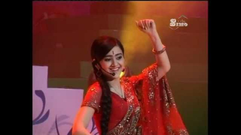 Noziya Karomatullo 2011 Hindi نازیه: آهنگ زیبای هندی
