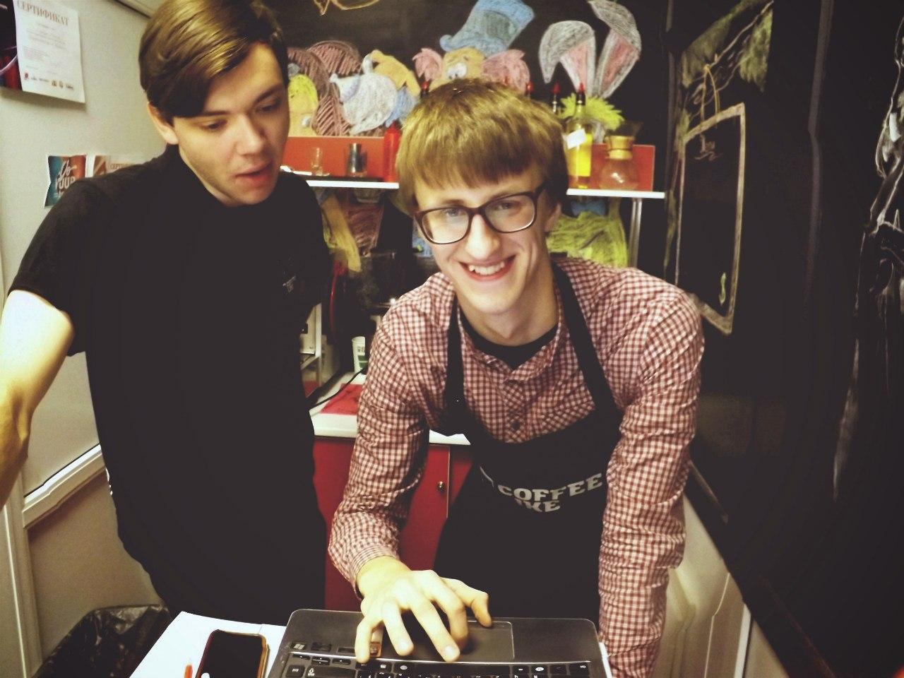 Я и Антон Смородин - на открытии нашего кофе-бара