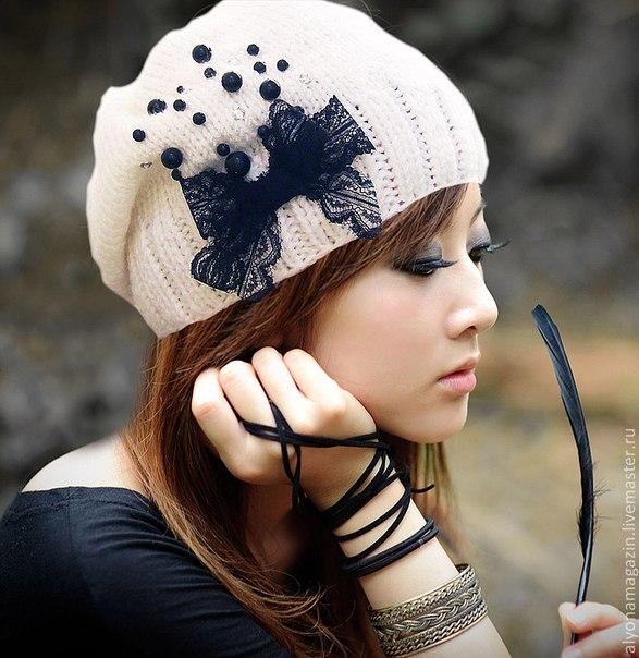 Как украсить вязаные шапки своими руками
