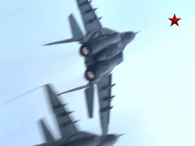 Воздушный бой МиГ-29, Су-27 и Су-34. 100 лет ВВС