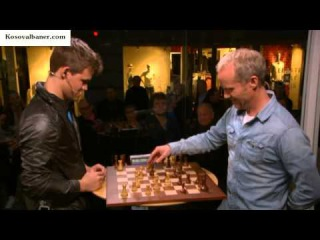 Magnus Carlsen plays with 30 seconds, against 3 minutes