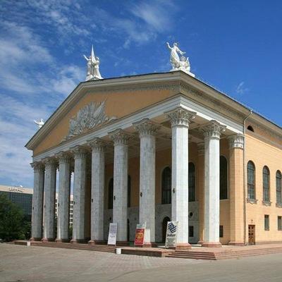 Афиша кыргызского театра оперы и балета заказать билеты в кино севастополь