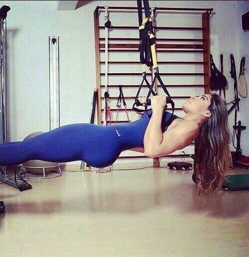 лосины и топ для фитнеса