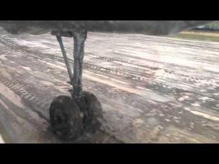 Руление и взлёт Ан-24 из Бодайбо 13.09.15