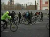 Велосипедисты закрыли сезон флешмбом с гигантским смайлом:) МЫ ТУТ ЗАСВЕТИЛИСЬ БУКВАЛЬНО НА 5 СЕК. НО ВСЕ ЖЕ :D