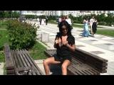 Прелюдная фотосессия девушки с обнажением на улице (грудь сиськи киска попка топлес голая разделась показала)