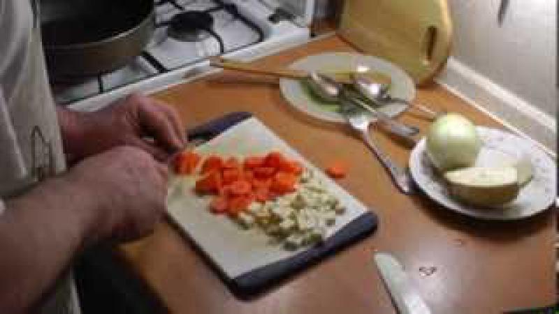 Щи из квашеной капусты. Просто, вкусно, недорого.