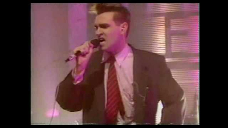The Smiths - Bigmouth Strikes Again/Vicar In A Tutu (live)