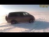 Mitsubishi Space Gear делика delica(Мицубиси Спэйс гир) L 400 4x4  - 1 в снегу
