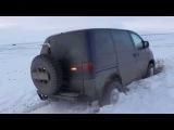 Mitsubishi Space Gear делика delica (Мицубиси Спэйс гир) L 400 4x4  - 2 снег