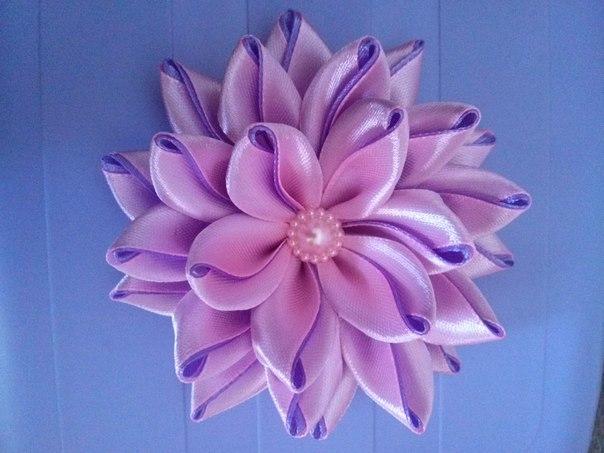 Цветок из атласной ленты 2.5 см своими руками мастер класс