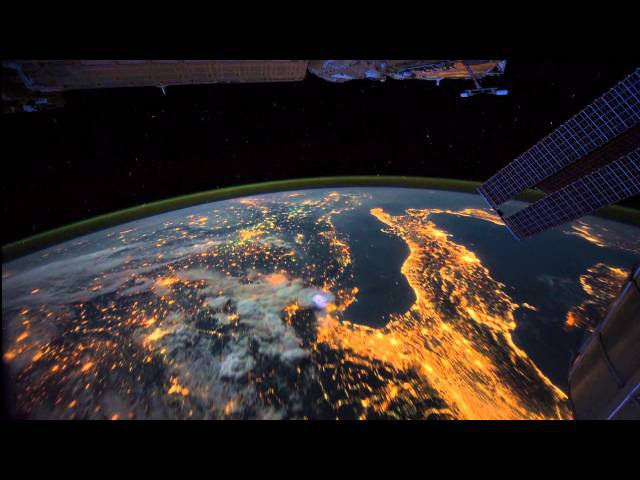 Красота вида нашей Земли из космоса. Просто завораживает Дух