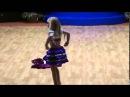 Девочка шикарно танцует восточный танец. Детский восточный танец.