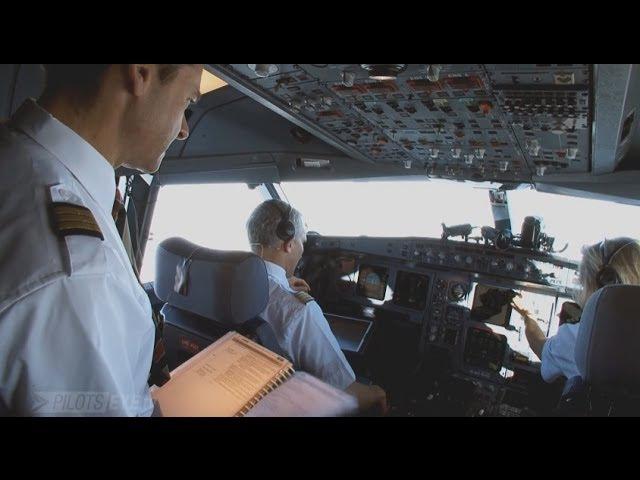 Airbus A340 EMERGENCY - Engine Failure