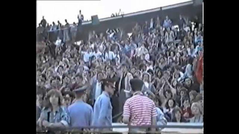 Виктор Цой(группа кино)-Концерт в Иркутске, 27 мая 1990