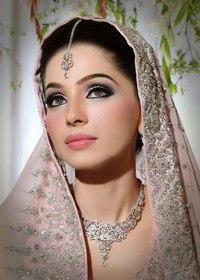 Арабский свадебный прически и макияж