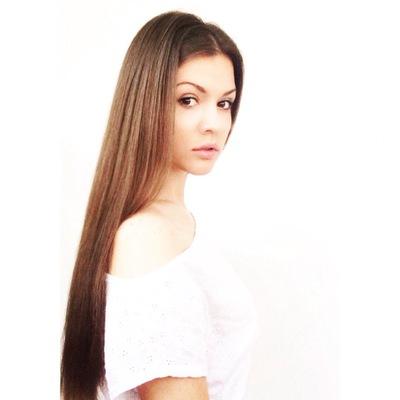 Лена Мельник