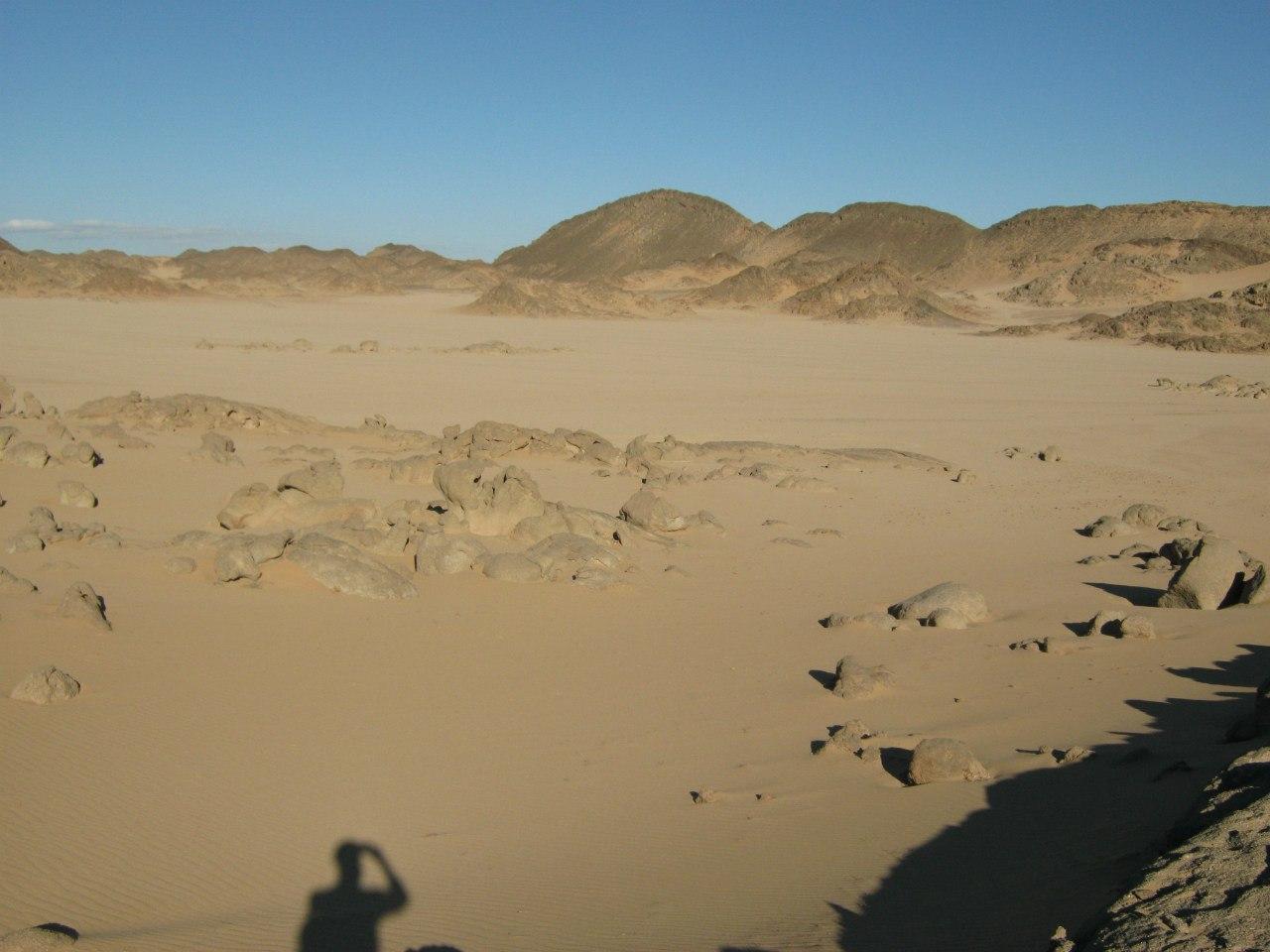 в пустыне около Хургады (Египет)