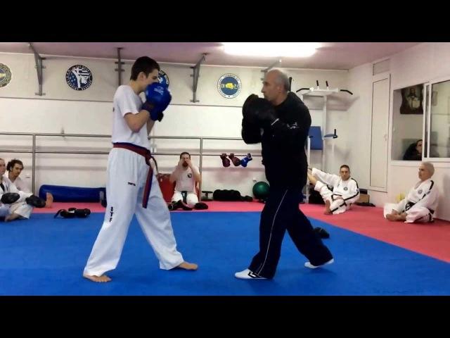 Master Vasilis Alexandris - ITF Taekwon-do pad work class