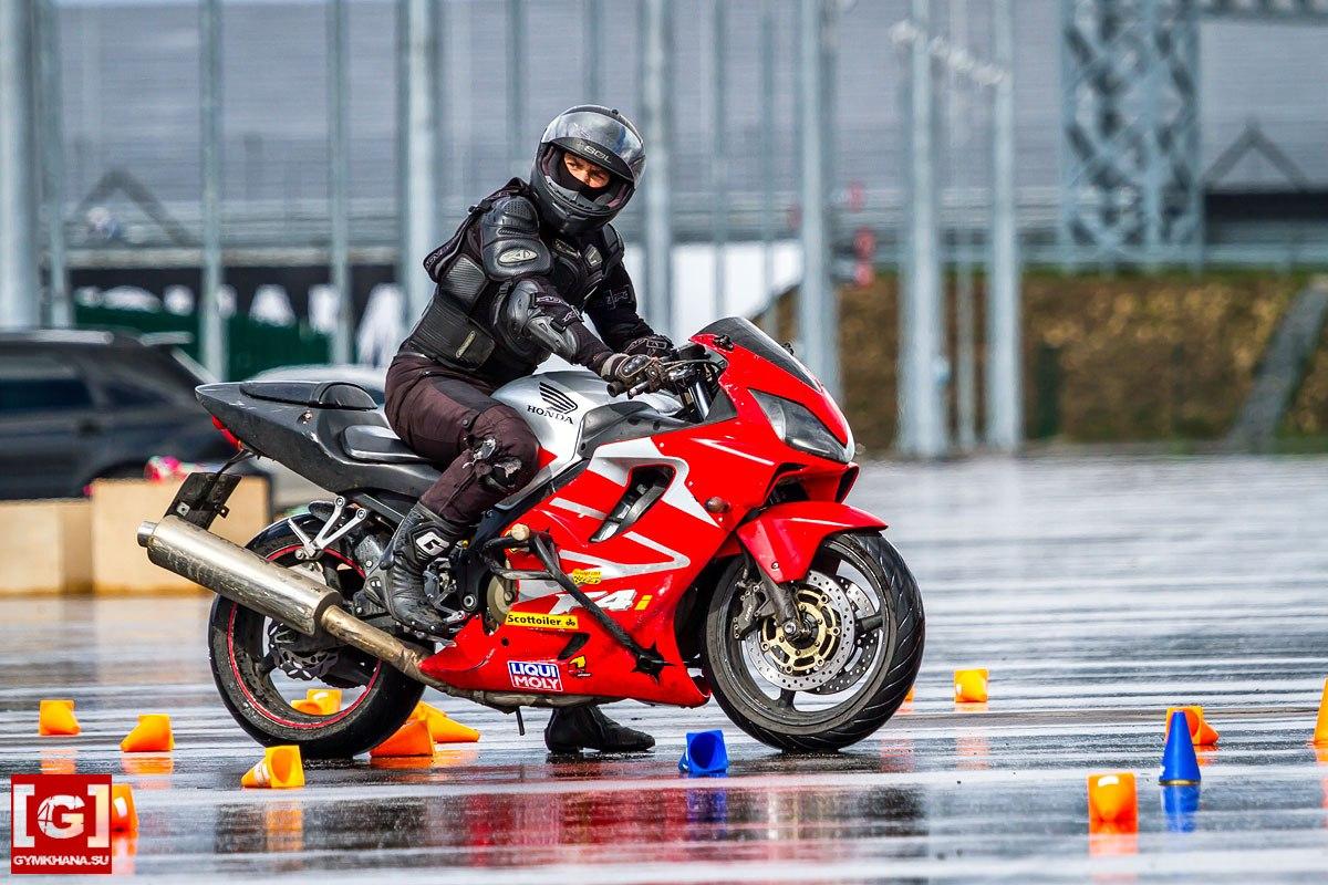 Как научиться хорошо водить мотоцикл