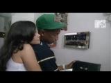 Pharrell Williams feat. Snoop Dogg - That Girl.avi/ Фаррелл Уильямс подвиг. Снуп Догг - Это Девушка.Ави