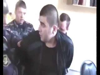 Опять безпредел российской полиции! Избиение гражданина РФ в наручниках!.