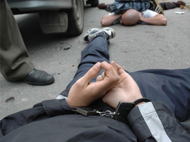 В Таганроге полицейские задержали очередного разбойника