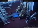 В спортзале выебал спортсменочку ( камера наблюдения, подглядывание, порно, секс, красотка, минет, отсос, сосет, ебет, отебал )