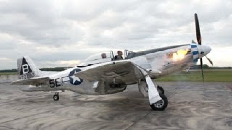 P-51 Mustang - Flames on Start Up Rolls-Royce Merlin - Flyover
