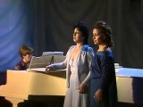 Карина и Рузанна Лисициан (Сёстры Лисициан) - И скучно, и грустно (1984 муз. Александра Львовича Гурилёва - ст. Михаила Юрьевич