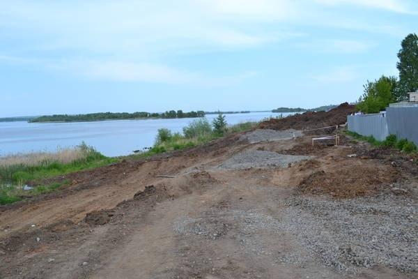На набережной Чистополя строят автодорогу стоимостью 80 млн рублей