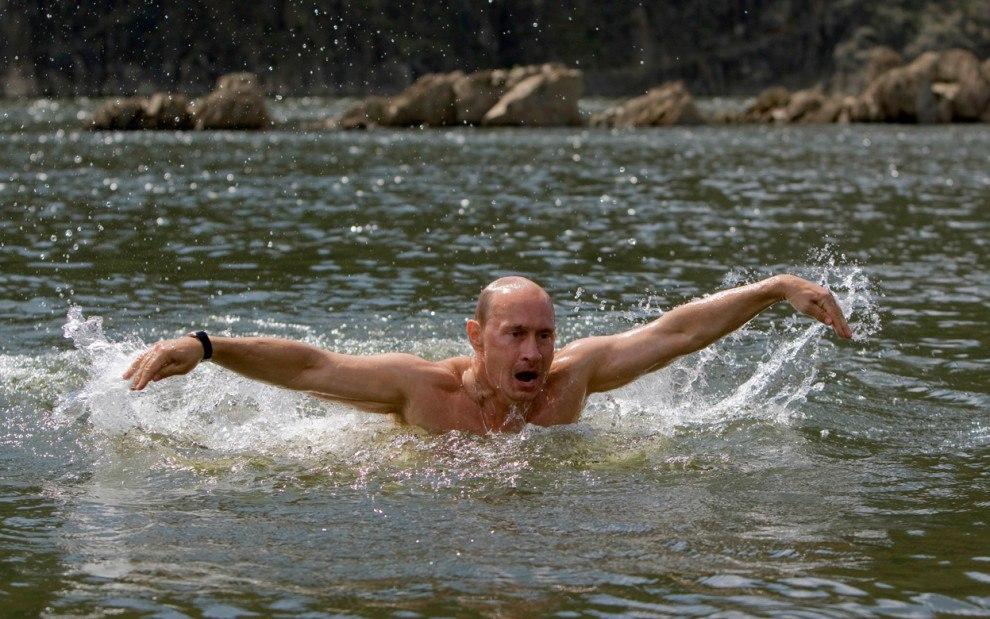 Путин супермен