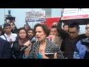 Denise Dresser protesta por despido de Carmen Aristegui