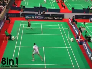 Очень крутой розыгрыш партии в Бадминтоне / Awesome Badminton Battle Thomas Vallez vs Tanguy Citron