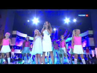 Ани Лорак и Анастасия Петрик - Я с тобой (Детская Новая волна 2013) HD