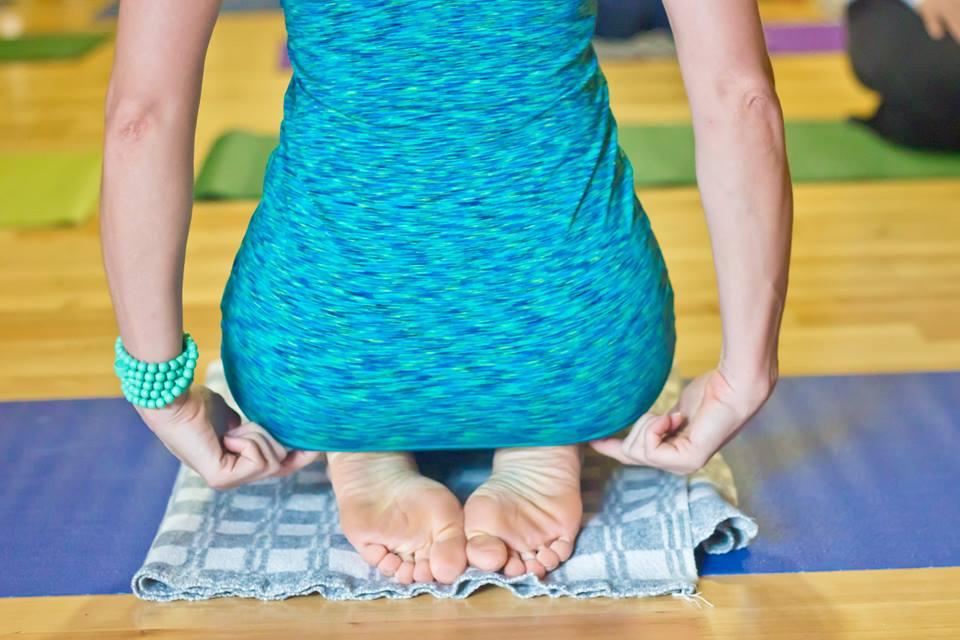 Афиша Владивосток Цикл семинаров по йога-терапии от Юлии Батыцкой