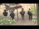 Полиция на качелях
