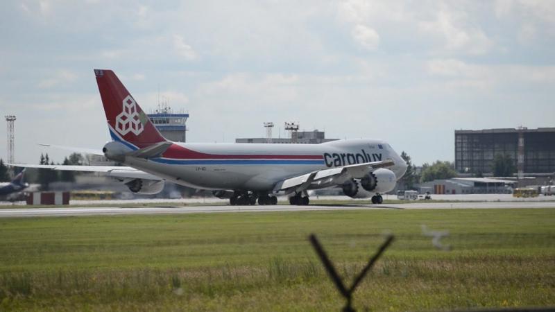 Cargolux взлет в Толмачево Июнь. - 025